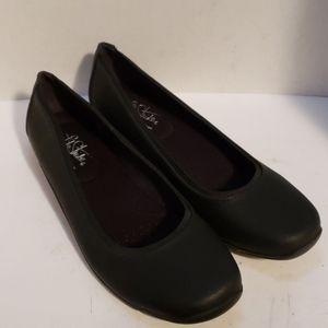 Life Stride black shoes size 10